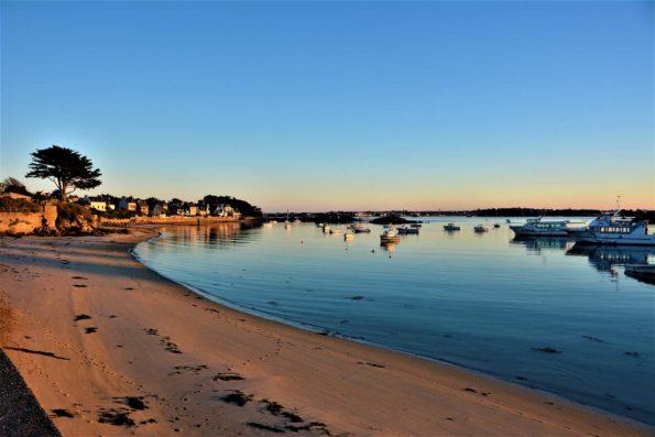 Île de Batz. Die Insel liegt gegen von Roscoff und hat ein ausgesprochen mildes Mikroklima. Foto: pixabay / JoelleLC