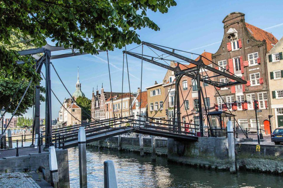Damiate-Brücke in Dordrecht. Foto: OVV Roderick Jongschaap