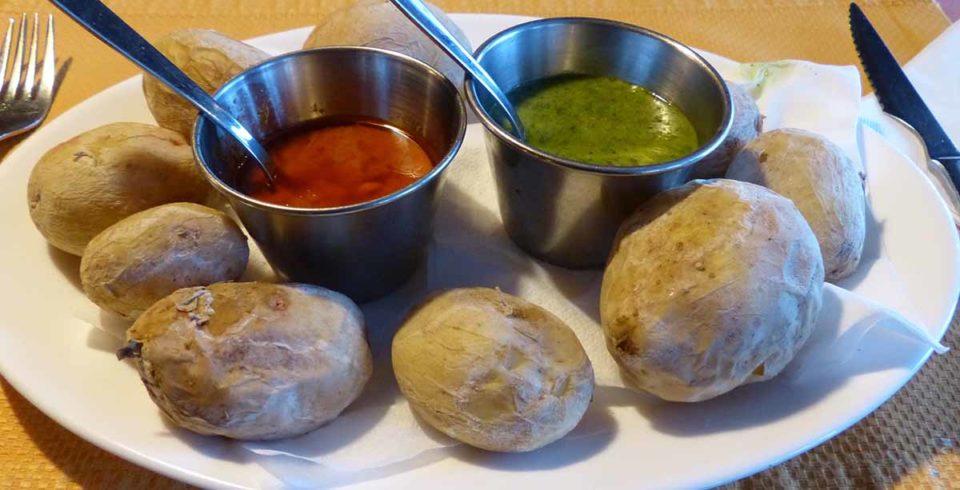 """Die kanarischen """"Runzelkartoffeln"""" sind eine Art Nationalgericht. Foto: pixabay / Hans"""