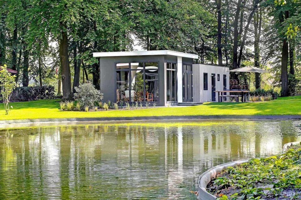 Inmitten der waldreichen Umgebung der Gemeinde Lochem liegt der neue Ferienpark De Vlinderhoeve von den Landal GreenParks. Foto: Landal Green Parks