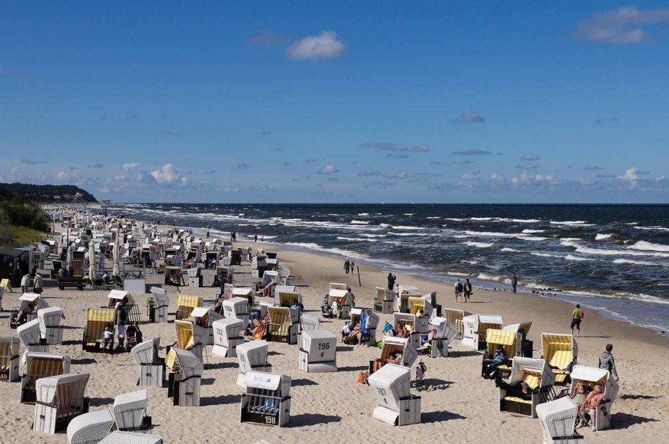Strandkorb an Strandkorb am Usedomer Strand. Ein Geheimtipp ist Usedom nicht mehr / Foto: pixabay / kalle2709