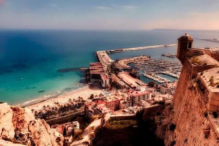 Alicante, Spanien. Foto: Pixabay / 12019